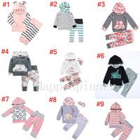 Bebek Kız Giyim Sonbahar Ve Kış Uzun Kollu Karikatür Mektup Baskı% 100% Pamuk Kapşonlu Uzun kollu elbise 1 takım = Üst + pantolon