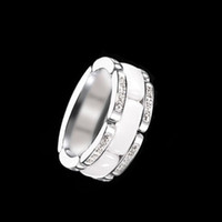 Düğün takı erkekler ve kadınlar yüzük Klasik siyah ve beyaz seramik 316L titanyum çelik zincir tek ve çift sıra kristal yüzük