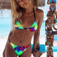 Sexy Lady Raccoglie Swimsuit Swimwear della spiaggia femminile Abbigliamento Donna Borsa triangolo del nuovo bikini multicolore Colorful Stampa