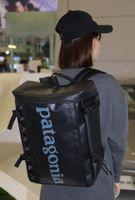 Pata Casual Fashion Brand Zaino da 30 Litri per uomo e donna Borsa da viaggio zaino sportivo