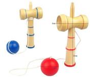 Alta Qualidade 13.5 * 5,5 centímetros de alta qualidade Kendama Breve Kid Kendama Coordenar Bola Japanese Game Madeira Tradicional Habilidade entrega grátis