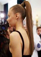 Langer schlanker gerader Pferdeschwanz-Frisur-Haarstil-Human-Haar-Kordelzug-Pferdeschwanz-Haar-Stück doppelt gezeichnete 160g Nagelhaut ausgerichtetes Haar