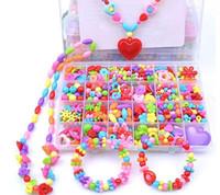 Kit per creazione gioielli Set di perline colorate pop fai-da-te Set di regali fatti a mano creativi Allacciatura acrilica Stringing collana Bracciale Artigianato per bambini ragazza