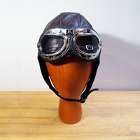Cappellino pilota in pelle retrò Cappuccio pilota Steam Punk Cappello Maschera Steampunk DAFT Punk Metal Rivet Goggles Handmade Elgation Aviation Casco