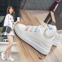 2019 automne nouvelle version coréenne Velcro polyvalente semelle épaisse petites chaussures blanches du sport étudiant la mode loisirs féminins simples chaussures chaussures femmes