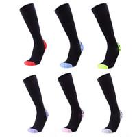 Çoklu renkler M L çorap Yaz nefes erkek ve basınç çorap çalışan kadınlar kas yorgunluğu rahatlatmak sıkıştırma bacak çorap