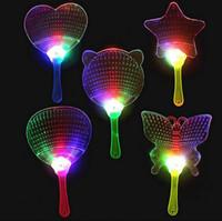 Moda LED Çin El Fan Plastik Renkli Light Up Yanıp Sönen Çocuk Oyuncakları Kostüm Partisi Dekorasyon Reklam Hediye