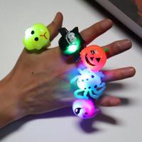 Halloween Party Finger LED lumière jouets pour enfants Beau cadeau Jouets Glow citrouille d'araignée chauve-souris fantôme Glisten Anneau Halloween Party Supplie cadeau Style 5
