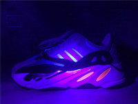 Discount Kanye West Boost Retro Wave Runner 700 Grey Causal ...