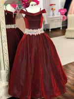 Glitter Pageant Elbiseler Gençler Için 2020 Kristaller Rhinestones Uzun Pageant Törenlerinde Küçük Kızlar Için Omuz Bordo Örgün Parti Giyim