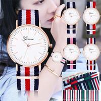 ファッションジュネーブウォッチビンテージナイロンキャンバベルトウォッチジュネーブカップルクォーツ腕時計女性ドレス腕時計韓国スタイル腕時計ブレスレット