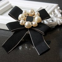 Fashion Jewelry Accessory Classic Bowknot Pearl Charm Brooch...
