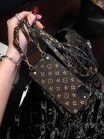 Luxury Designer Телефон Чехол Crossbody Ожерелья Шнурные ремешки с веревкой для iPhone 11 Pro XS MAX XR X 7 8 PLUS