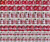 Detroit Kırmızı Kanatlar Kış Klasik # 19 Steve Yzerman 91 Sergei Fedorov 7 Ted Lindsay 10 Alex Delvecchio 71 Larkin Erkekler Buz Hokey Jersey