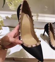 V marka kadınlar yüksek topuklu ayakkabı siyah deri ayakkabı perçinler ile 10 cm hakiki deri yüksek topuk düğün ayakkabı 34-43 kutu