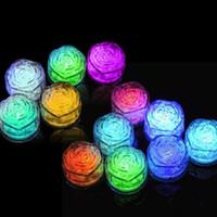 forma luci di rosa del cubo di ghiaccio partito Night Party luce LED lampeggiante lento partito il giorno di San Valentino Lampada in cristallo Cube
