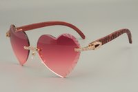 Gafas de sol grabadas en forma de corazón de alta calidad en forma de corazón, gafas de sol del templo tallado a mano de madera natural de la madera del diamante 8300686-A