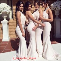 Prom Dress abito bianco Mermaid abito da damigella d'sexy Halter maniche Backless Mermaid Corte dei treni da damigella d'onore