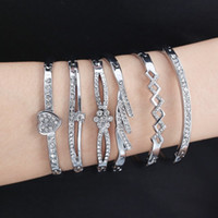 2020 Love Heart Edelstahl-Armbänder für Frauen-Armband-Kristall Strass Unendlichkeit Schmuck Hochzeit Braut Mutter Armband