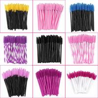 Sei colori a gettare delle bacchette della mascara Mini Lashes pennelli mascara applicatore Micro Spoolie spazzole per sferza dell'occhio