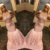 Pêssego Vestidos de Baile para Meninas Negras Flores Em Cascata 2019 Sexy Ilusão Bodice Halter Pescoço Sereia Apliques Longos Vestidos de Festa À Noite BC1642