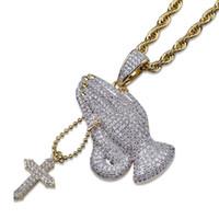 Plateado Cruz cristiana oro 18K de la vendimia Oración colgante, collar de cadena de la torcedura gestos hacia fuera helado Circonita regalos de la joyería para hombres y mujeres