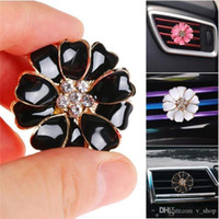 2020 Perfume Car clipes de grampo de casa essencial difusor do óleo para carro tomada Medalhão Flor Auto Air Freshener condicionado Ventilação Clipe