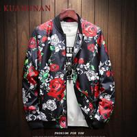 KUANGNAN Japonya Tarzı Streetwear Gül Ceket Erkekler Hip Hop Rüzgarlık 5XL Erkekler Ceket Giyim Bombacı Giysileri 2019 Yeni