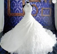 Elegante White Ball Gown Halter abiti da sposa online tribunale dei treni Tiered gonna di pizzo Appliques Vintage Wedding Gowns Voiles de mariage