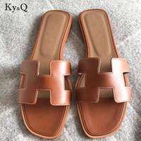 Brands  slippers cut out summer beach sandals Fashion women slides outdoor slippers indoor slip ons flip flops