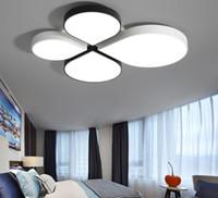 Yeni LED tavan lambası, modern basit bir atmosfer oturma odası lamba yonca çocuk yatak odası lamba sıcak ve romantik LLFA