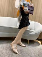 Alta Qualidade ~ 2020040609Y 40 4cm Pontilhado Toe Genuine Leathe Prata Prata Negro Rosa Rosa Branco Mulas Sapatos Slides Sexy Gatinho Clear Heels