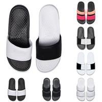 Ucuz erkekler kadınlar tasarımcı BENASSI ultra terlik yaz plaj otel duş odası için siyah beyaz pembe kapalı kaymaz erkek sandalet ...