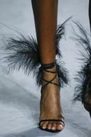 مذهلة الريشة الصيف مصارعين أحذية الخنجر كعب الجلود الصنادل سيدة