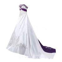 Фиолетовые и белые свадебные платья 2019 Милая корсет на шнуровке назад развертки поезд кружева вышивка церковь сад свадебное платье дешево
