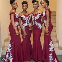 Robes de demoiselle d'honneur magnifique Bourgogne Mermaid Dentelle blanche Appliqué sur l'épaule Maid de femme d'honneur Robes 2019 Sexy Nigérian Fête Robes
