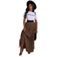 New Arrivals camisa branca de T + Leopard Saia Moda Mulheres dois equipamentos Pieces O Neck manga curta Tees plissados saia de uma linha Casual Wear 2020