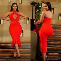 붉은 아프리카 칵테일 드레스 홀터 넥 옥 차 길이 짧은 고품질 댄스 파티 드레스 저렴한 인어 신부 들러리 이브닝 드레스