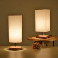مصابيح الطاولة السرير الحد الأدنى الصلبة الخشب الليل ضوء بسيط مكتب جولة الصغار مصباح مع الظل النسيج