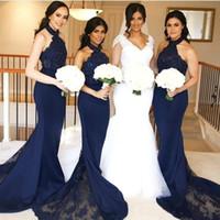 2020 Bridemaid Dresses 인어 레이스 아플리케 홀터넥 넥 하녀 명예 파티 가운 민소매 긴 공식 웨딩 게스트 드레스
