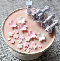 4PCS Set Plum Flower Plunger Mold Cutter Fondant Sugarcraft Cake Cookie Plunger Cake Mould Decorating Tool Baking Accessories