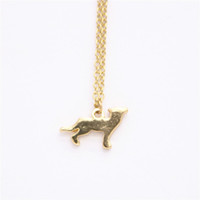 WJZB Fashion Wolf pendant necklace. The Wolf design of the po...