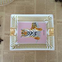Luxuxgold geränderten Keramicaschenbecher Tier Tiger Zigarre Aschenbecher Einfach Restaurant Wohnzimmer Keramicaschenbecher kreative Geschenk