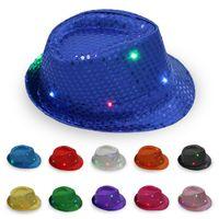 Unisexe clignotant LED Light Up Fedora Trilby Sequin Caps Déguisements Jazz Dance Party Hat des femmes des hommes d'enfants Gangster Costume Chapeaux