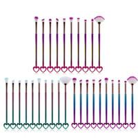Nuovo 10pcs / set pennelli di trucco di colore di gradiente Bling Bling Face Eye Shadow Foundation pennelli trucco a forma di cuore sopracciglio pennelli cosmetici