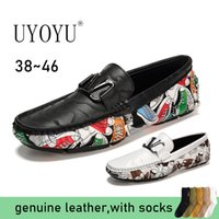 UYOYU grande formato degli uomini pattini di cuoio genuini Slip On Black Shoes Vera Pelle Designer Mocassini Mens mocassini italiani