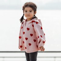 Ins Bebés Meninas Manto camisola Coração com capuz de malha Poncho Sweater Crianças menina Camisolas W418