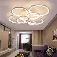 WhiteBlack Lámpara LED moderna para sala de estar Dormitorio Comedor Luminarias Anillos de acrílico Luces de araña de techo LED