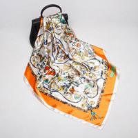 2019 neue Design Blumendruck Schals 90 * 90 cm Frauen Fashion Square Schals Und Tücher Wraps Hijabs Pashmina Nachahmung Seidenschal Satin Schalldämpfer