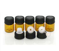 Fabrika fiyatı! 1 ml (1/4 dram) Amber Cam Uçucu Yağ Şişesi parfüm örnek tüpler Şişe Tak ve kapaklar ile 5400 adet / grup